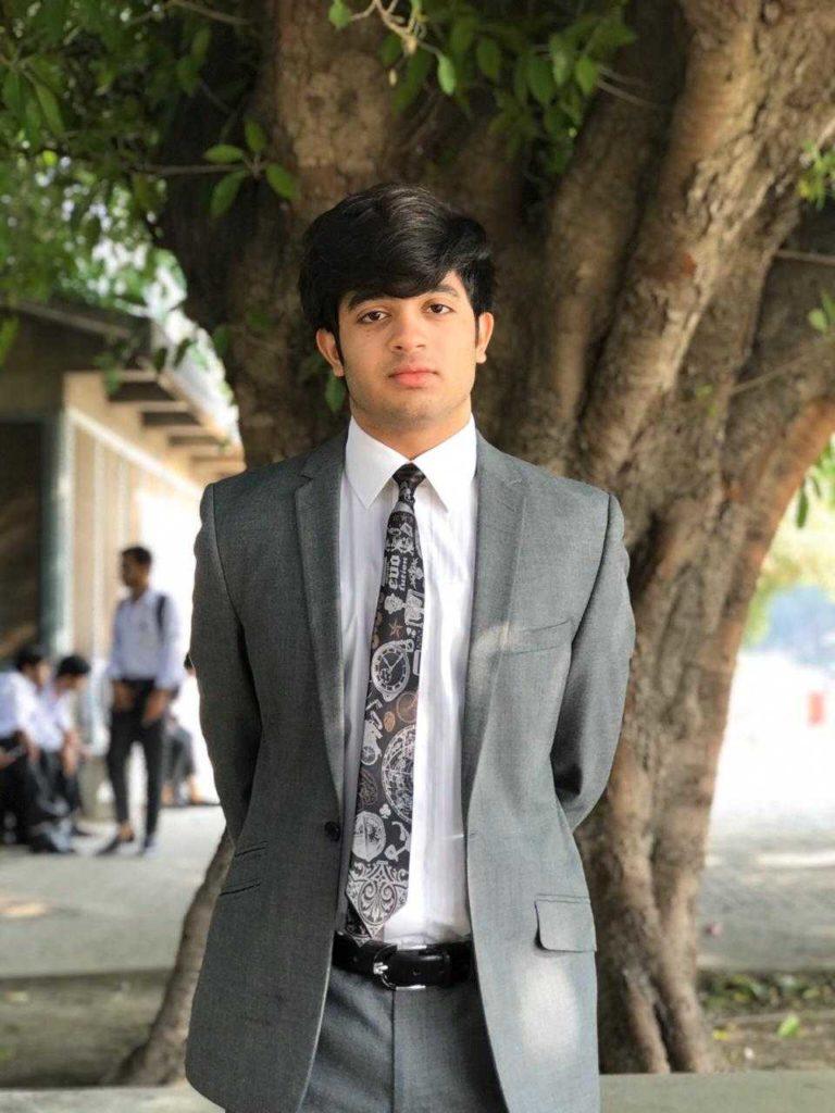 Hamza_Naseer